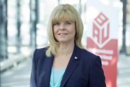 Ulrike Laux (Vorstandsbereich Gebäudereiniger-Handwerk, Mitbestimmung, Frauen, Senioren)
